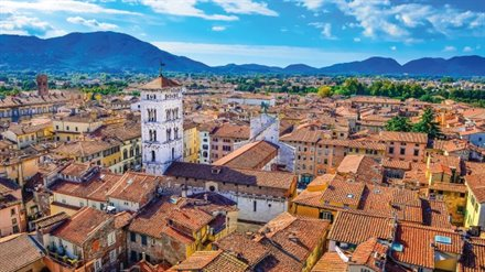 tours in lucca italy