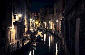 Gondola Serenade: Grand Canal and minors canals